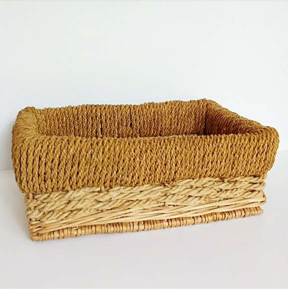 Gamjali StylHOME Other - Boho Two Toned Wicker Rope Detail Basket